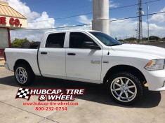 2014 dodge ram 1500 leveled 22x10 fuel maverick D536 chrome wheels rims