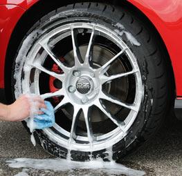 Washing aftermarket wheels rims